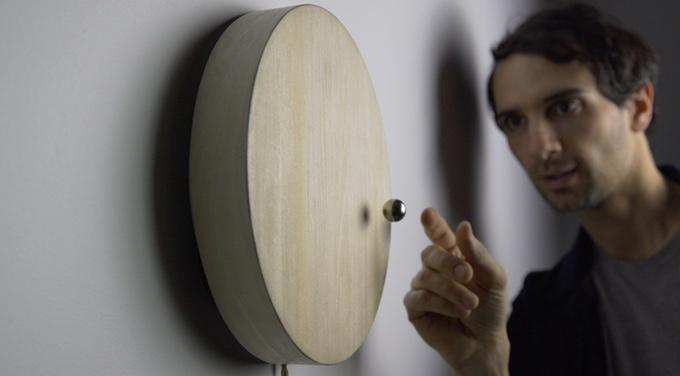 kick-agency-story-flyte-kickstarter-levitating-timepiece-2